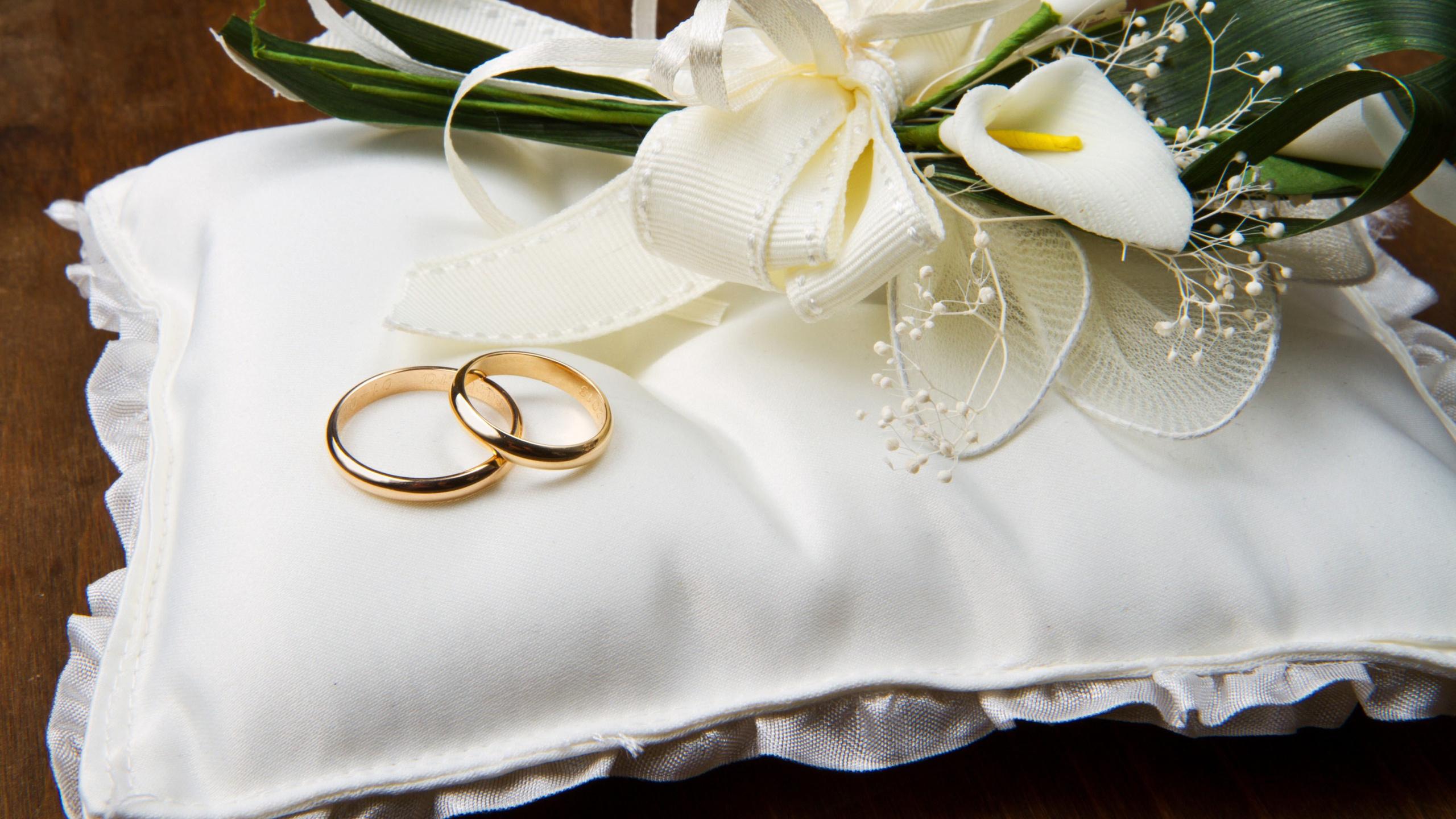 Какие обручальные кольца лучше покупать, как выбрать, какие ... b9ed50677d6