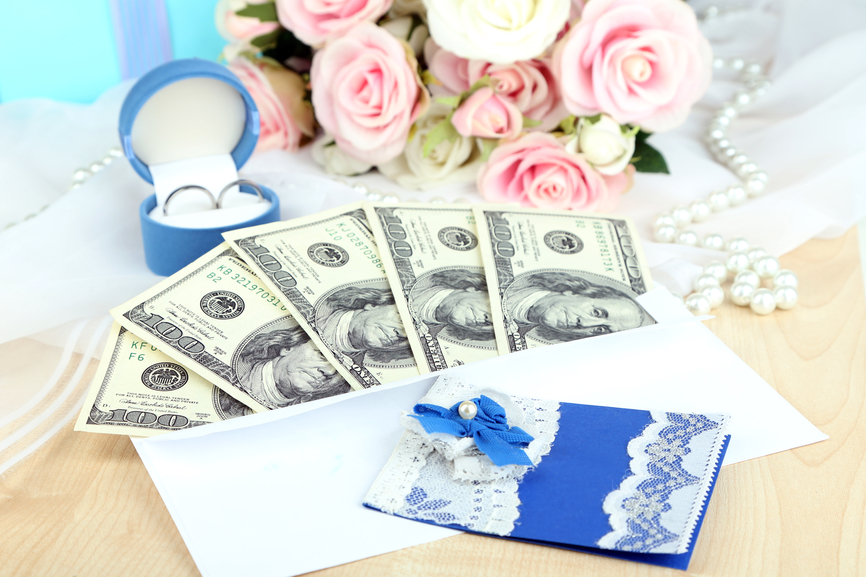 Красиво оформить подарок денег на свадьбу 6