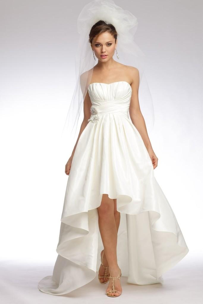 Фото свадебные платья спереди короткое сзади длинное