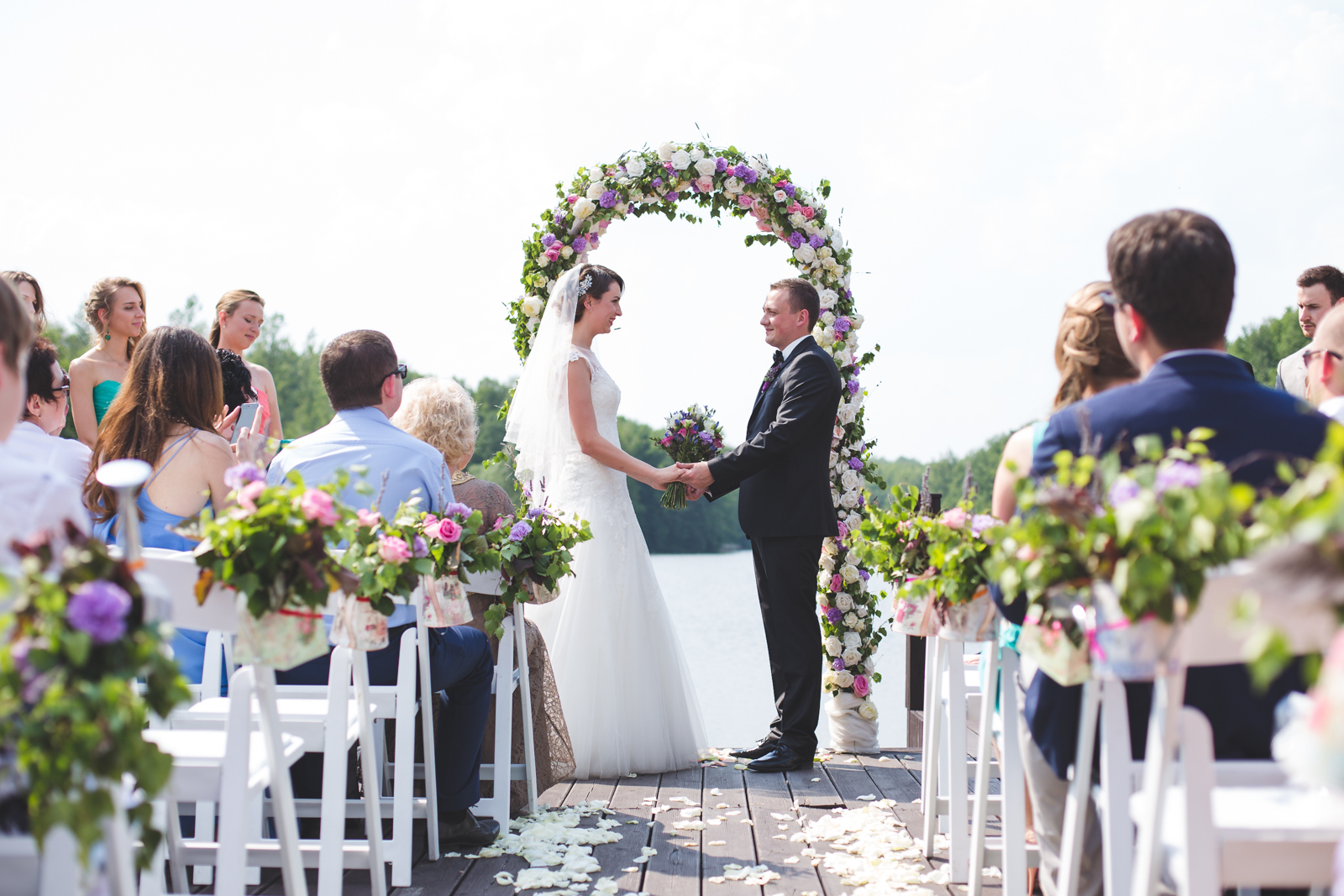 Как происходит регистрация брака за границей