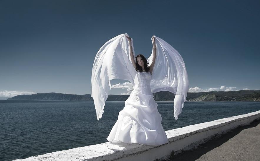 1408137719_idjei-dlja-svadjebnoj-fotosjessii-na-ulicje