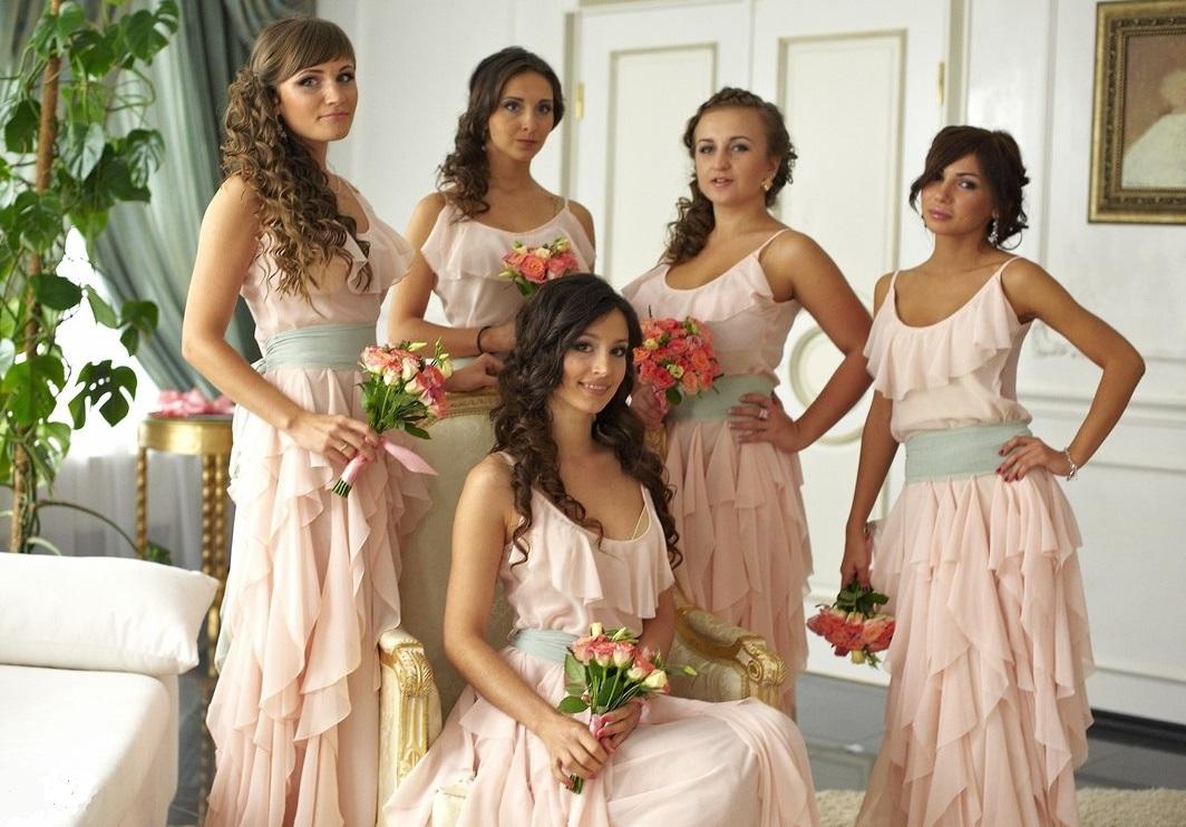Фото девушек со свадьбы с дружкой 10 фотография