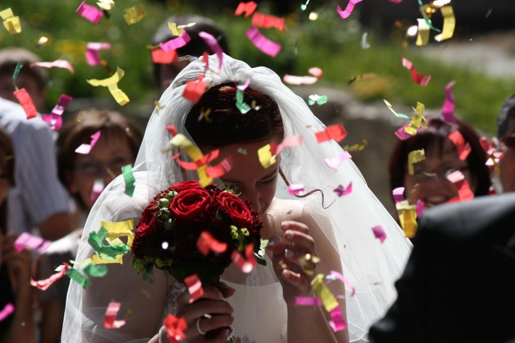 как выбрать фату к свадебному платью