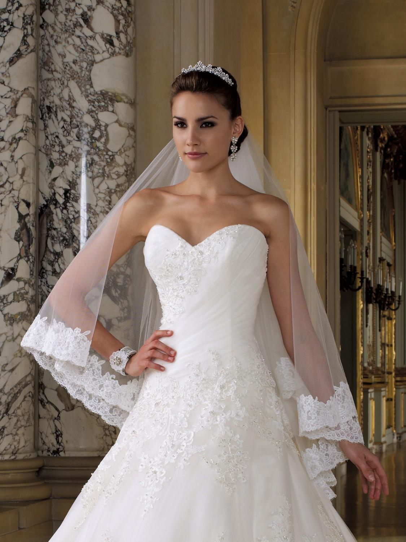 4b82e9d49 Свадебная фата: как выбрать, зачем нужна, обязательна ли, как ...